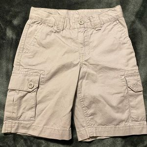 Boys polo shorts size 5T never worn
